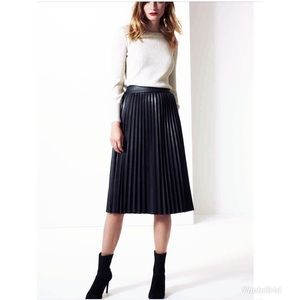 NEW MELISSA PAIGE PLEATED LEATHER LIKE MIDI SKIRT